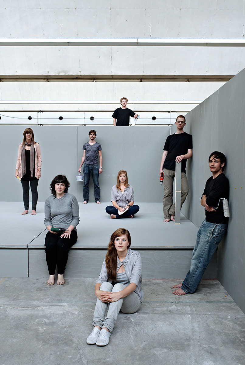 Groupportrait of Design Academy Eindhoven set building crew