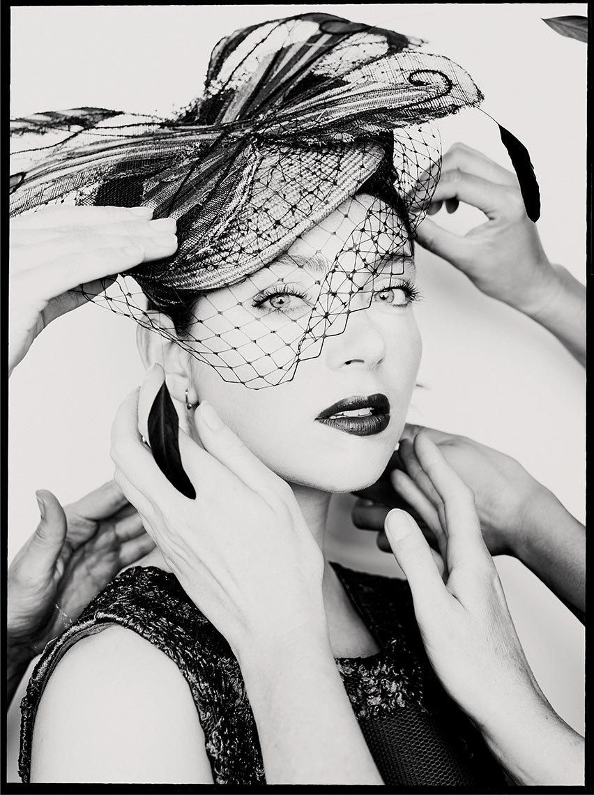 Model Daphne KO with Cappello hat 01
